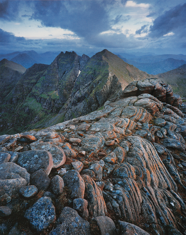 Sken z  knihy Joe Cornish - Scotland´s Mountains